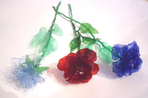 Цветы из пластиковых бутылок - поделки из пластиковых бутылок Крошечка - сайт для родителей