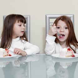зависть у ребенка фото