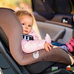 перевозка детей в авто фото