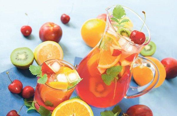 Ягодно-фруктовый лимонад